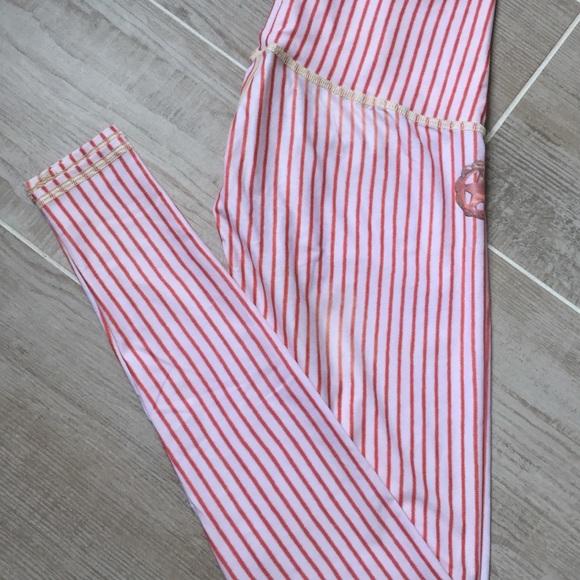 c9e410ae9b9b5b Teeki Candy Cane Hot Pant. M_5aa833d52ab8c518251de6f9